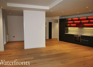 Thumbnail 2 bed flat to rent in Lyell Street, London