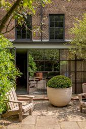 Ladbroke Grove, Notting Hill, London W11