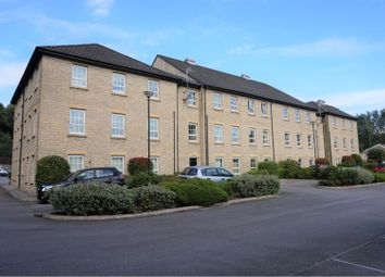 2 bed flat for sale in Gale Close, Littleborough OL15