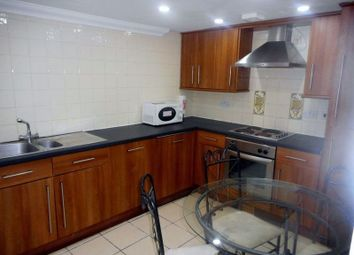 Thumbnail 3 bed flat to rent in The Walk, Cathays, Cardiff