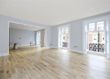 Thumbnail 3 bed flat to rent in Mandeville Place, London