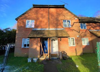 1 bed property to rent in Vesey Close, Farnborough GU14