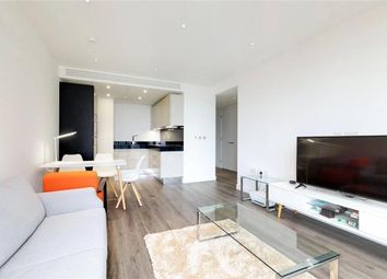 Thumbnail 1 bed flat to rent in Piazza Walk, Aldgate
