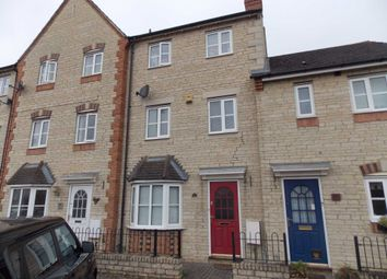 Thumbnail 3 bed town house to rent in Mallards Way, Bicester
