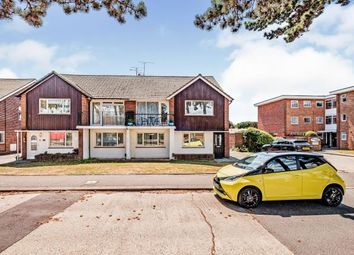 Goring Road, Goring-By-Sea, Worthing, West Sussex BN12. 2 bed maisonette