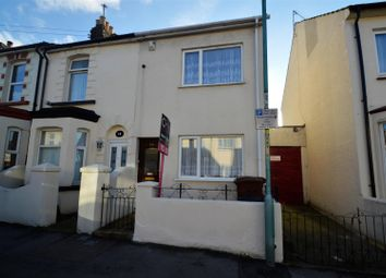 Thumbnail 2 bed property to rent in Seaview Road, Gillingham
