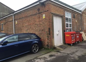 Thumbnail Warehouse to let in Walmgate Road, Perivale, Greenford
