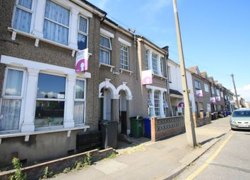 Thumbnail 3 bedroom flat to rent in Dock Road, Tilbury