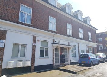 Thumbnail Studio to rent in Lodge Road, Hendon, London