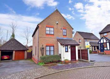 Thumbnail 3 bed detached house for sale in Ashgrove, Ashford, Kent