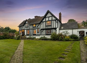 Worcester Road, Harvington, Kidderminster, Worcestershire DY10. 6 bed detached house for sale
