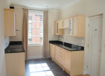 Thumbnail 2 bed flat to rent in London Road, Newbury, Berkshire