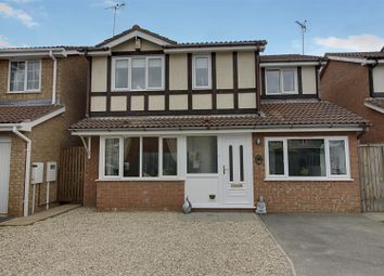 Thumbnail 4 bedroom detached house for sale in Chatsworth Close, Market Deeping, Peterborough