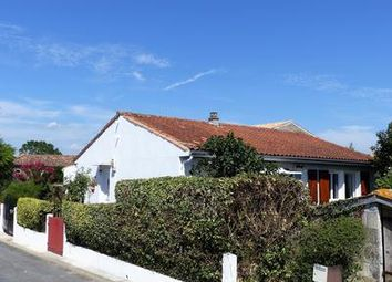 Thumbnail 3 bed property for sale in Mortagne-Sur-Gironde, Charente-Maritime, France