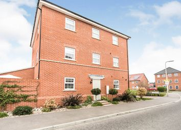 Clover Rise, Woodley, Reading RG5. 4 bed semi-detached house for sale