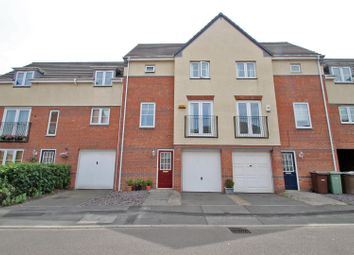 Thumbnail 3 bed town house for sale in Stanhope Avenue, Carrington, Nottingham