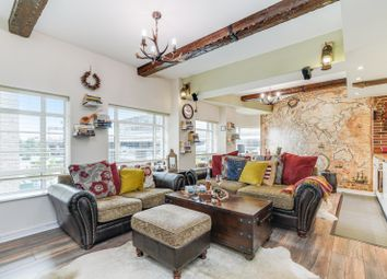 2 bed flat for sale in Wallis House, Great West Road TW8