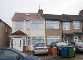 Thumbnail Studio to rent in Crofts Road, Harrow