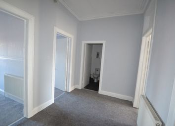 Thumbnail 2 bed flat to rent in Kilbowie Road, Clydebank
