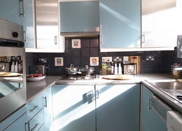 Thumbnail 1 bed flat to rent in Russell Road, Kensington