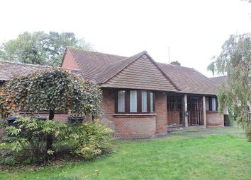 Thumbnail 4 bedroom bungalow to rent in Kingsmead Road, High Wycombe