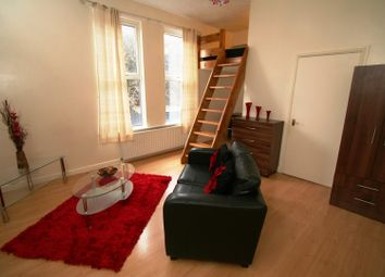 Thumbnail 1 bed flat to rent in Flat 2, 3 Moor View, Hyde Park