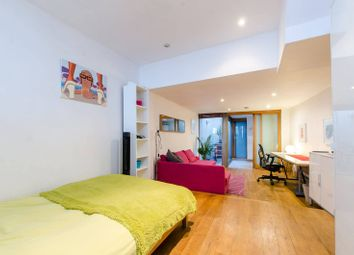 Thumbnail 2 bedroom property for sale in Globe Road, Bethnal Green