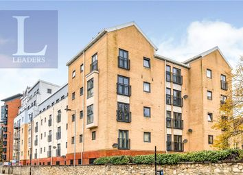 2 bed flat for sale in White Star Place, Southampton, Hampshire SO14
