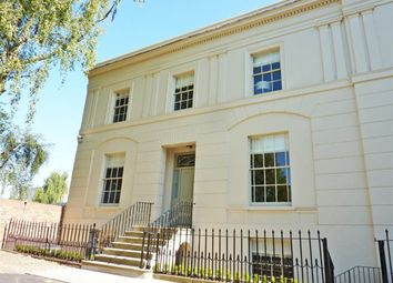 Thumbnail 2 bed flat to rent in Oriel Road, Cheltenham