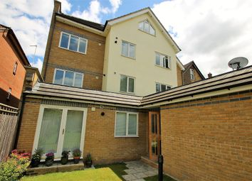 Thumbnail 2 bedroom flat to rent in Addiscombe Grove, Croydon