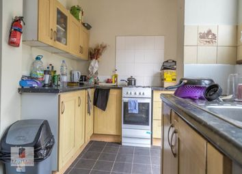 Thumbnail Room to rent in Carew Road, London