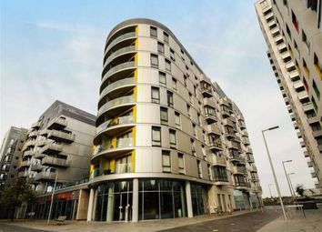 Thumbnail 2 bedroom flat for sale in Alfred Street, Reading