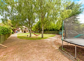 Thumbnail 5 bed detached house for sale in Fane Drive, Berinsfield, Wallingford