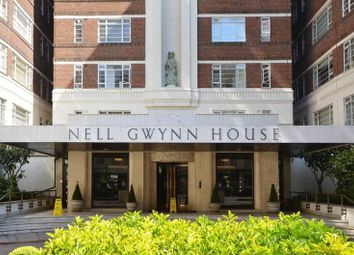 Thumbnail 1 bedroom flat to rent in Nell Gwynn House, Sloane Avenue, Chelsea