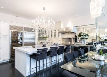 Thumbnail 2 bedroom flat for sale in Dunraven Street, Mayfair