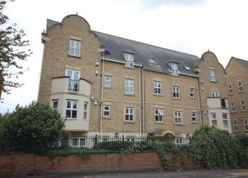 2 bed flat to rent in Flat 2 Victoria House, Billing Road, Northampton NN1