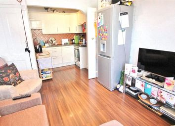 Thumbnail 3 bedroom flat to rent in Ballards Lane, Finchley, London