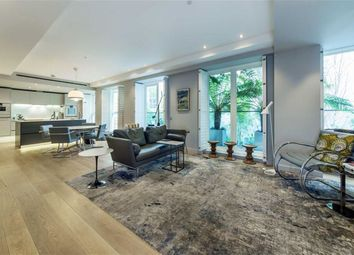 Thumbnail 3 bed flat for sale in Essex Street, London