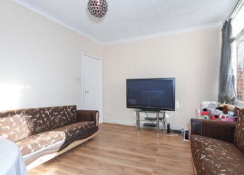 3 bed terraced house to rent in Prince Of Wales Avenue, Reading, Berkshire RG30