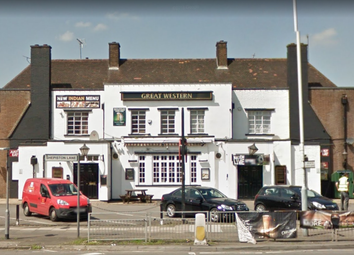 Thumbnail Pub/bar for sale in Dawley Road, Hayes