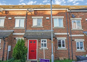 3 bed town house for sale in Swallow Close, Wellingborough NN8