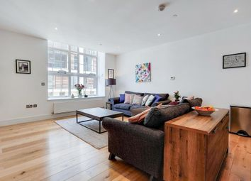 Clapham Road, London SW9. 1 bed flat for sale