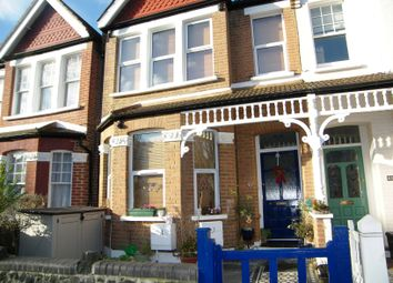 Thumbnail 2 bed flat to rent in Devonshire Road, Palmers Green
