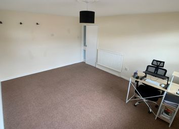 Thumbnail 2 bed flat to rent in Trinity Road, Stamford