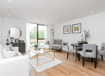 2 bed flat for sale in Station Road, Gerrards Cross SL9