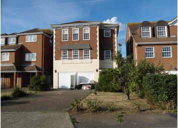 Thumbnail 4 bed town house to rent in Silver Point Marine, Canvey Island