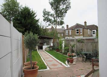 Thumbnail Room to rent in Inchmery Road, London