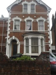 Room to rent in Stapelton Hall Road, London N4