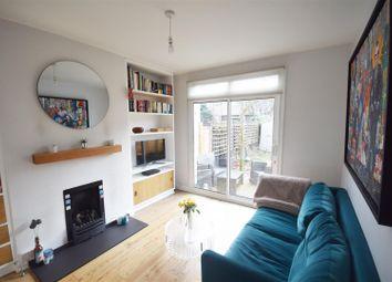 2 bed maisonette to rent in Beauchamp Road, Twickenham TW1
