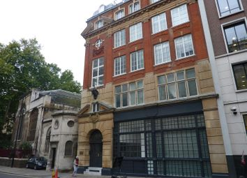Thumbnail 2 bed flat to rent in Giltspur Street, London